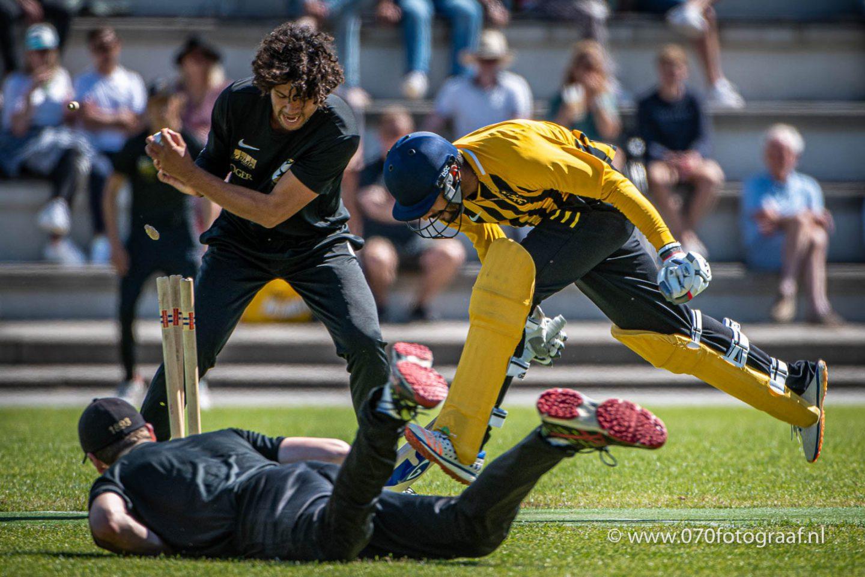 Cricket - HCC v HBS, Den Haag - 02-08-2020