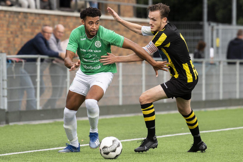 Voetbal: Moerkapelle-KMD (beker)