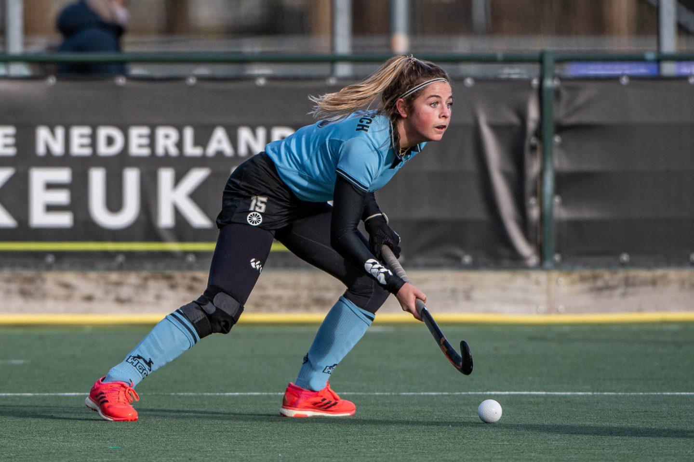 17-01-2021: Oefenwedstrijd: HGC D1 v Bloemendaal D1: Den Haag Oefenwedstrijd Dames Hoofdklasse 2020/2021 2021 Amy van den Bosch (HGC #15)